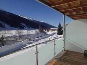 Hotel Furka, Inns  Oberwald - big - 41