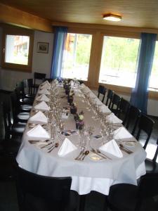 Hotel Furka, Inns  Oberwald - big - 25