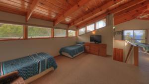 Ball Bay House - Norfolk Island Holiday Homes, Dovolenkové domy  Burnt Pine - big - 10