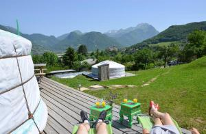 Yourtes Olachat proche Annecy - Hotel - Faverges