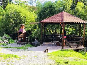 Iulia's Guesthouse, Penziony  Bran - big - 41