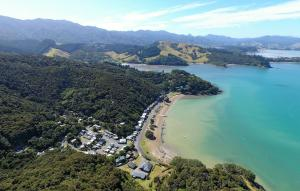 Oamaru Bay Tourist Park, Holiday parks  Coromandel Town - big - 17