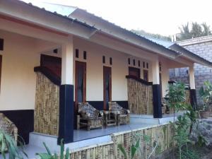 Telage Indah Homestay, Проживание в семье  Кута Ломбок - big - 2