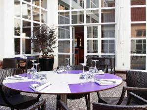 Novotel Lille Centre Grand Place, Hotely  Lille - big - 81