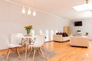 Jantar Apartamenty Loft u Aktora