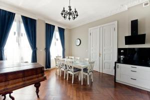 Wilhelmstadt Apartment 90m PARKING