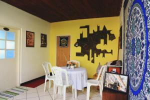 Track fun guesthouse, Homestays  Galle - big - 47