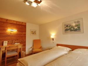 Hotel Alpenblick, Szállodák  Zeneggen - big - 3