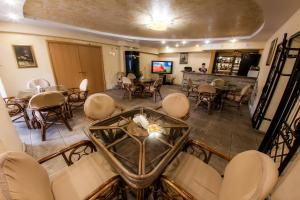 Hotel Edem, Hotels  Karagandy - big - 27