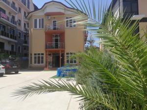 Guest house Sweet Home - Veselaja Zhizn