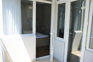 Apartment on Inasaridze 18, Appartamenti  Batumi - big - 7
