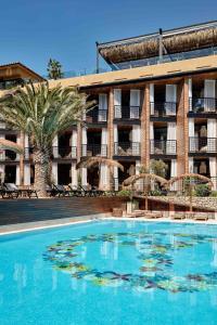 Bikini Island & Mountain Hotel (1 of 99)