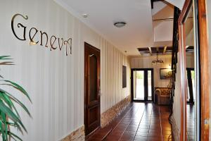 Geneva Hotel, Hotels  Ternopil' - big - 36