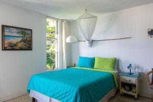 Deluxe Montego Bay Club Studio & Suites, Монтего Бей
