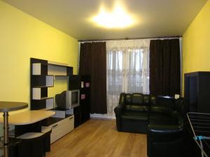Apartment Radiotsentr-5 dom 16
