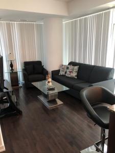 Corporate Ryan Suites York Street, Apartmány  Toronto - big - 32