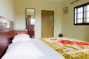 Hotel Mirambeau, Отели  Ломе - big - 44