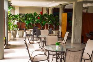 Hotel Mirambeau, Hotels  Lomé - big - 45