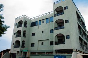 Hotel Mirambeau, Отели  Ломе - big - 49
