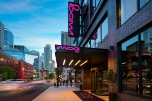 Moxy Chicago Downtown (1 of 45)