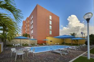 City Junior Cancún Americas
