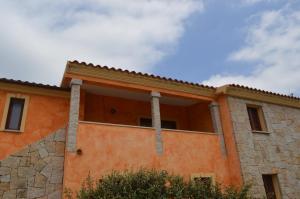 appartamenti lu fraili - AbcAlberghi.com