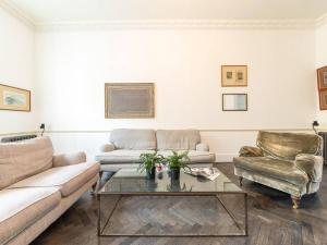 Amazing 3 Bed / 3.5 Bath Apt in South Kensington, Ferienwohnungen  London - big - 9
