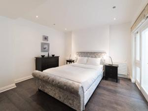 Amazing 3 Bed / 3.5 Bath Apt in South Kensington, Ferienwohnungen  London - big - 2