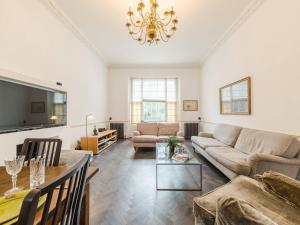 Amazing 3 Bed / 3.5 Bath Apt in South Kensington, Apartments  London - big - 1