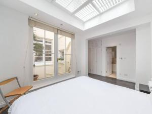 Amazing 3 Bed / 3.5 Bath Apt in South Kensington, Ferienwohnungen  London - big - 25