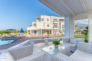 Pyrgos Blue, Apartmanhotelek  Mália - big - 41