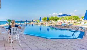Pyrgos Blue, Aparthotels  Malia - big - 70