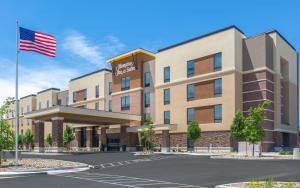 Hampton Inn & Suites Reno/Sparks - Hotel - Reno