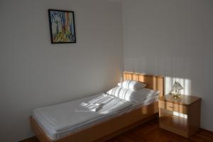 Leier Business Hotel, Aparthotely  Gönyů - big - 55