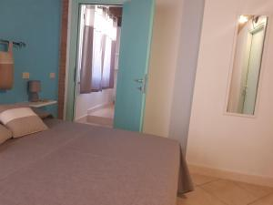 B&B Spiaggia di Mezzo, Bed and Breakfasts  Gonnesa - big - 7