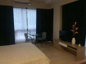 Studio 44, Apartmány  Nai Thon Beach - big - 31