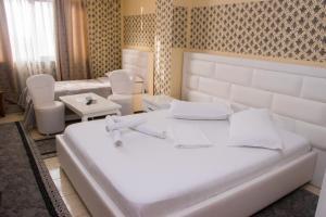 Hotel Arberia, Hotely  Tirana - big - 44