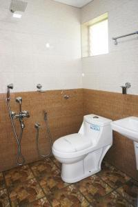 Hisham Residency, Hotels  Kakkanad - big - 31