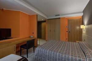 Hotel Motel Futura, Motely  Paderno Dugnano - big - 43