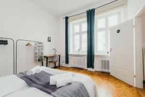 oompH Warsaw Central Elegant Apartment