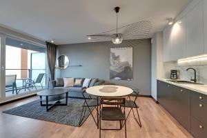 Apartamenty Apartinfo Chmielna Park
