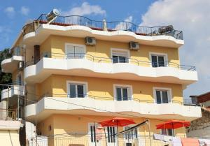Apartment Himare - Spile