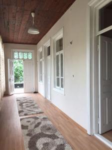Lazuri Keria Family Guesthouse, Vendégházak  Khoni - big - 9