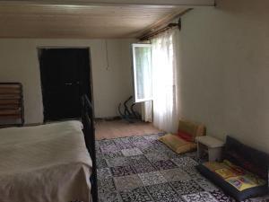 Lazuri Keria Family Guesthouse, Vendégházak  Khoni - big - 64
