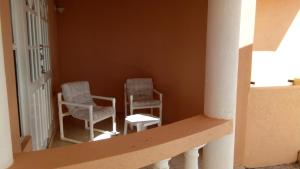 Sweet Serenity with Free Car, Apartmány  Saint James - big - 13