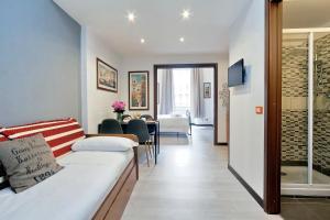 Cavour Square Apartment - abcRoma.com