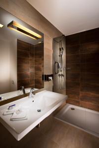 Park Inn Hotel Prague, Hotely  Praha - big - 2