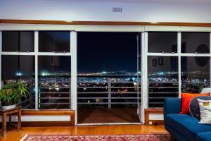 obrázek - Lofty Views - City Stunner!