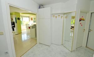 Amari Apartment