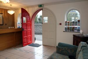 Westbrook House Guest Accommodation, Bed & Breakfasts  Ennis - big - 22